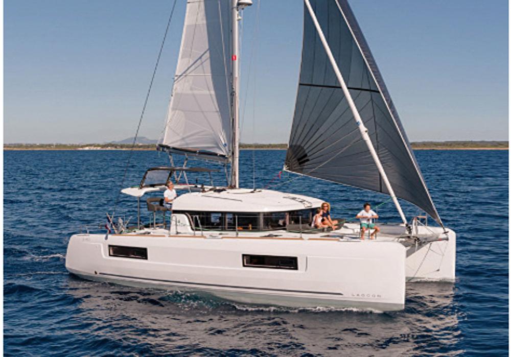 Catamaran Ibiza 1