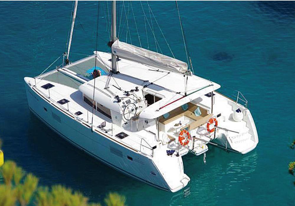 Catamaran Ibiza 2