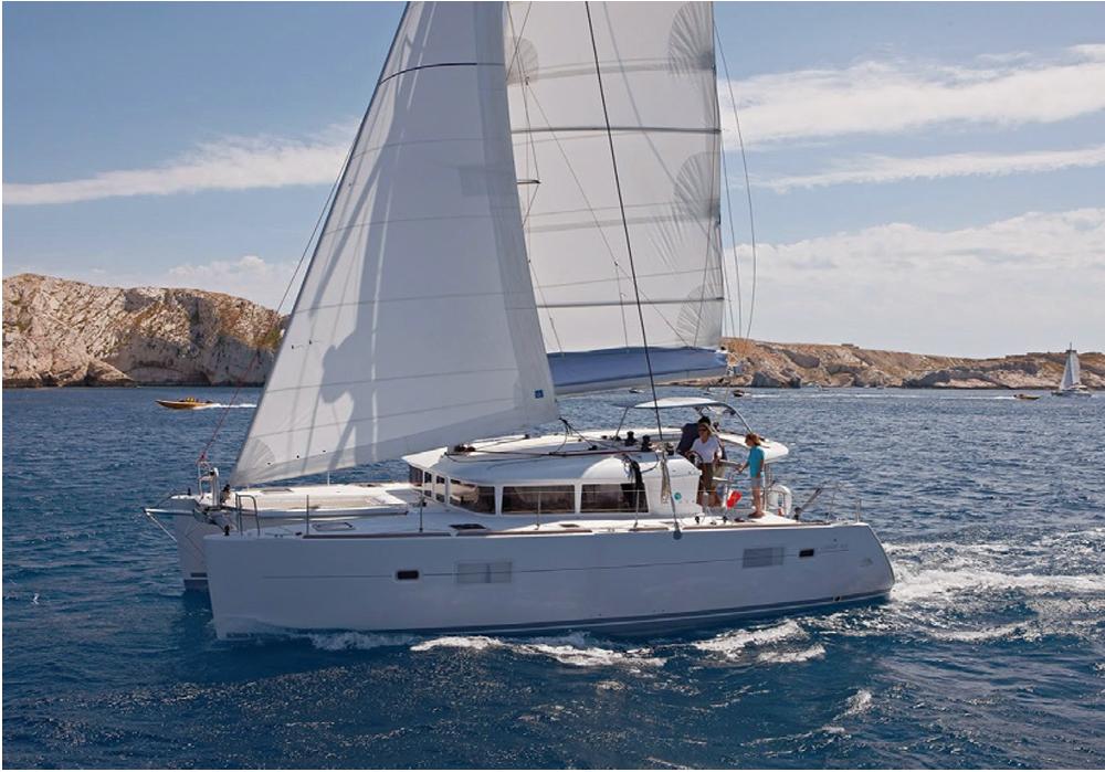 Catamaran Ibiza 3